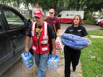 hy-vee-food-and-beverage-distribution-in-wake-of-2018-tornadoes